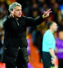 """Mourinho : """"J'aime être là où les gens m'aiment"""""""