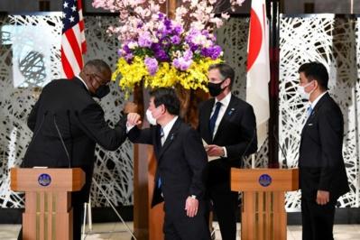 Washington et Tokyo haussent le ton à l'égard de Pékin
