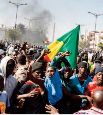 Les émeutes au Sénégal, sont révélatrices d' une économie asphyxiée par la pandémie