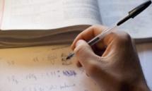 Trop de devoirs à la maison, deux adolescents se suicident