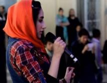 Des filles afghanes se libèrent dans un concert rock très particulier