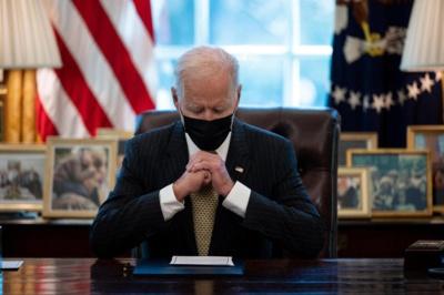 Joe Biden nomme ses premiers juges, met l'accent sur la diversité