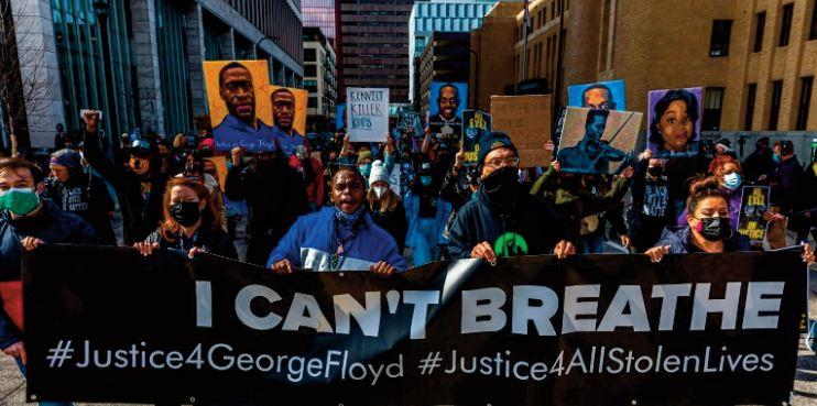 Les jurés face à des images choc du supplice de George Floyd filmées par les policiers