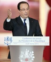 Hollande remet le droit de vote des étrangers au menu