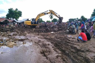 Au moins 120 morts dans les inondations d'Indonésie et du Timor oriental