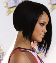 Rihanna en guerre contre Topshop