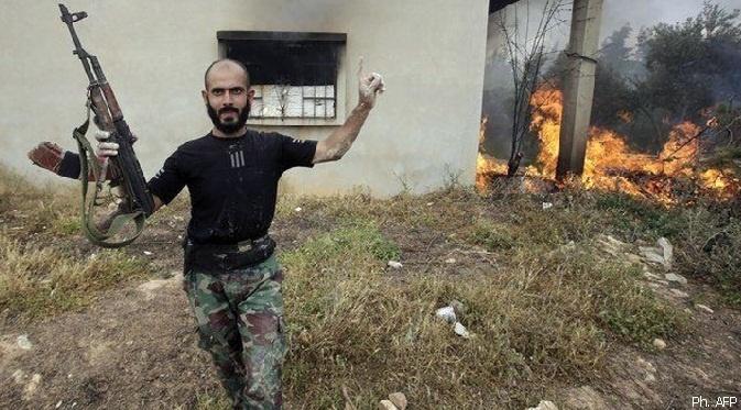 Syrie: l'opposition dit avoir réussi à envoyer des renforts à Qousseir