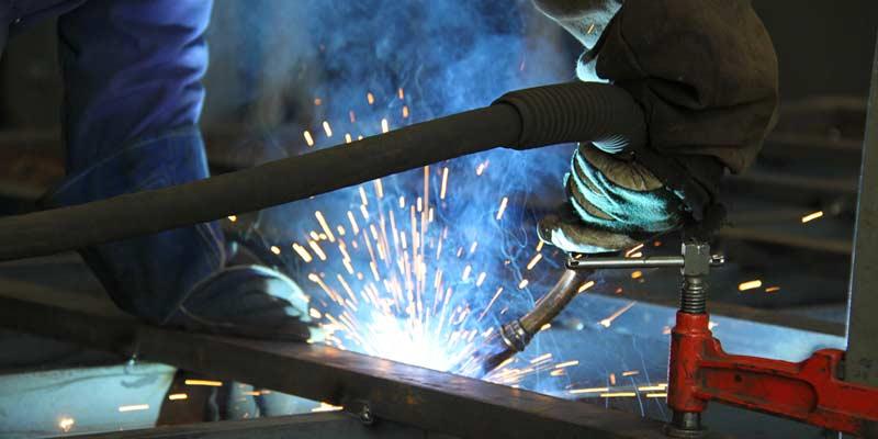 Hausse des prix dans la métallurgie et l'industrie chimique