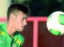 Neymar, Iniesta, Balotelli, stars à l'appel