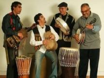 """""""Nass Al Ghiwane"""" présente une chanson en amazigh à Agadir"""