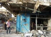 Une série d'explosions de voitures piégées fait une vingtaine de morts au sud de Bagdad