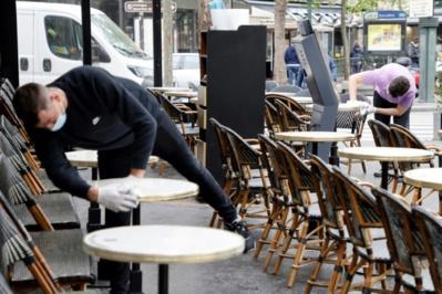 La France, à l'aube d' une semaine de libertés retrouvées