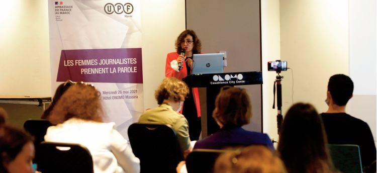 Les journalistes femmes confrontées à la discrimination et au plafond de verre
