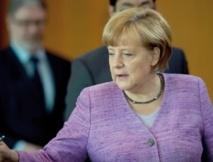 Merkel en campagne reçoit les Européens pour parler chômage