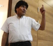 Le président bolivien toujours à Vienne, mais sans Snowden