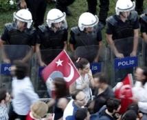 L'Europe demande à Ankara de sanctionner les violences policières