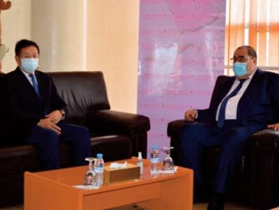 Driss Lachguar se réunit avec Chakib Benmoussa et reçoit l'ambassadeur de la RP de Chine à Rabat