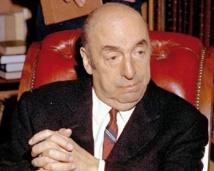 Le Chili exhume les restes du poète Pablo Neruda pour tenter d'éclaircir l'énigme de sa mort