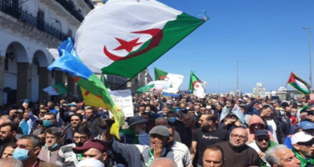 Le système algérien a étouffé la contestation et repris ses réflexes autoritaires