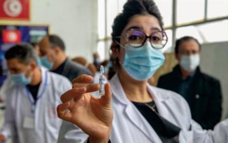 La Tunisie à la recherche de vaccins pour relancer son économie