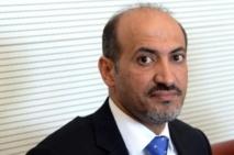 Le chef de l'opposition syrienne réclame soutien accru et armes