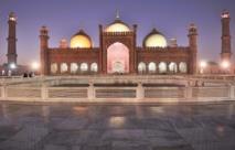La mosquée royale de Badshahi au Pakistan
