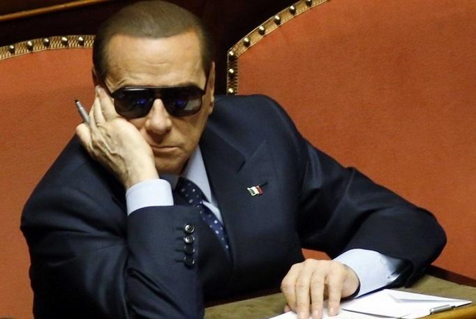 La condamnation définitive du Cavaliere ouvre la voie à une autre crise à l'italienne