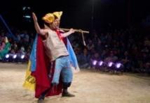 """Un """"théâtre nomade"""" pour des villageois assoiffés de culture"""