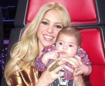 People :Shakira scotchée à son fils