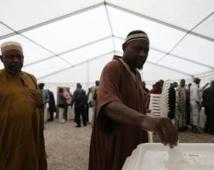 Le Mali en crise vote pour élire un nouveau président