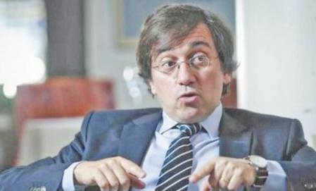 José Manuel Albares sous les feux des critiques du parti d'extrême droite,Vox