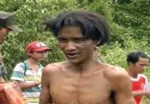 Un père et son fils sortis de la jungle après 40 ans