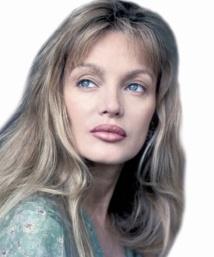 People : Les mésaventures des stars Arielle Dombasle
