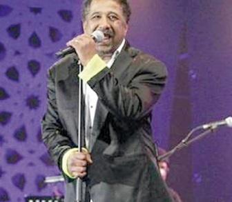 Cheb Khaled enflamme la scène de Malabata