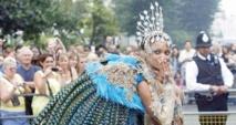 Londres à l'heure du Carnaval de Notting Hill pour fêter la diversité culturelle