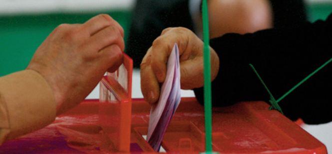 Défis et enjeux d' un scrutin dans une conjoncture particulière