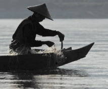 En Thaïlande, les pêcheurs  du Mékong victimes des barrages