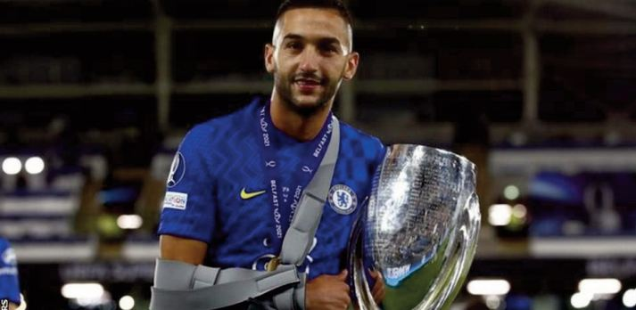 Hakim Ziyech marque et brille avec Chelsea