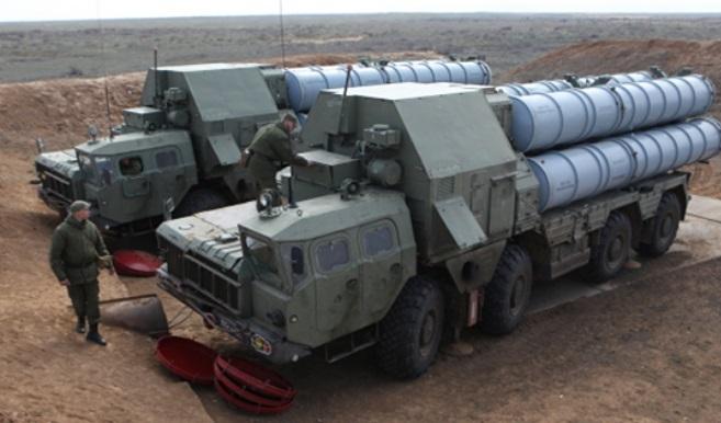 Moscou va proposer de nouveaux missiles S-300 à l'Iran