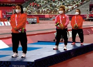 Jeux paralympiques: Des podiums pour Yousra Karim et Hayat El Garaa
