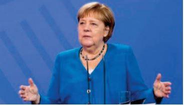 """Merkel condamne le meurtre """"horrible """" d'un employé par un anti-masque"""
