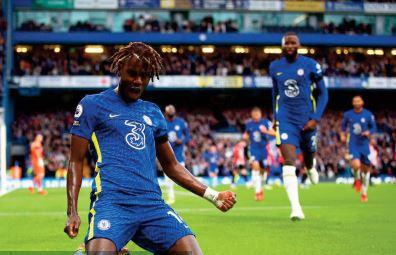 Premier League: Une manche à l' avantage de Chelsea