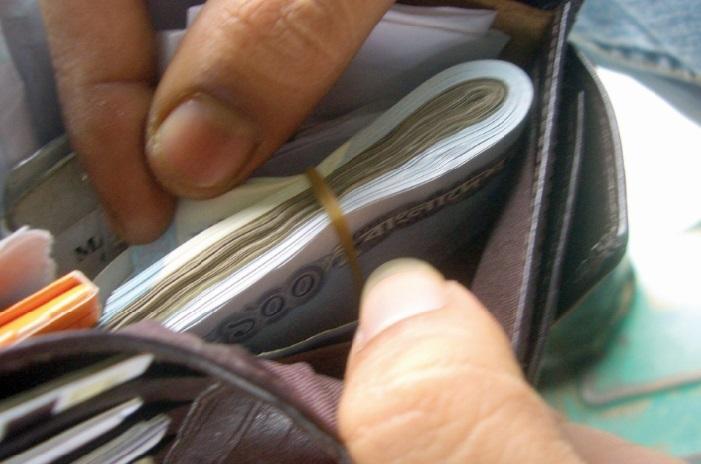 La microfinance ne détourne-t-elle pas des vrais problèmes ?