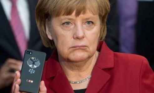 Le portable de Merkel aurait été placé sur écoute par la NSA