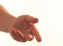 Une main tendue pour servir les populations