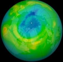 La taille du trou dans la couche d'ozone a diminué en 2013 en Antarctique