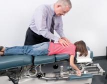 La chiropratique, une thérapie au bout des doigts