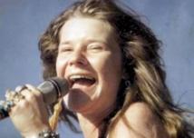 """La chanteuse américaine Janis Joplin reçoit l'étoile du """"Walk of Fame"""" à titre posthume"""