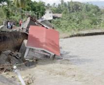 Le typhon Haiyan aurait fait 10.000 morts  et des dégâts considérables aux Philippines