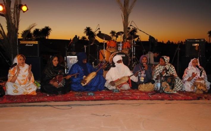 Festival de Taragalte au milieu des dunes